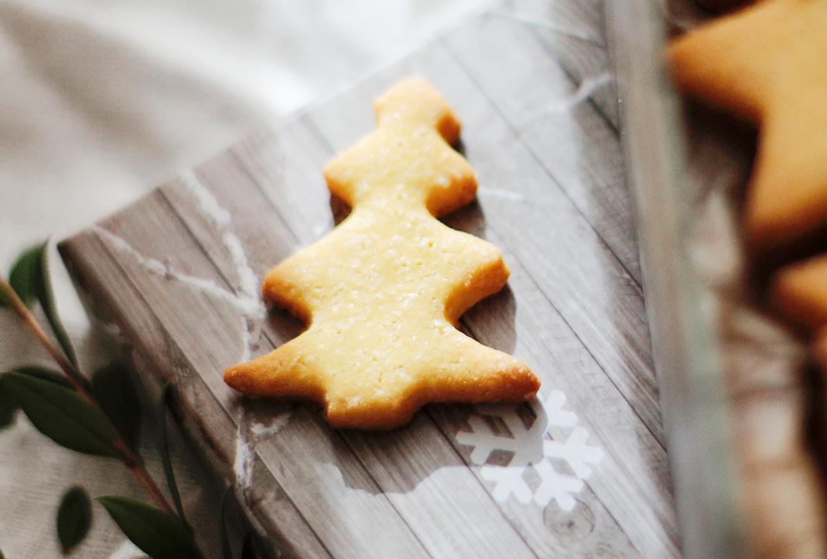 Sablés de Noël à la Purée Crue d'Amande Blanche