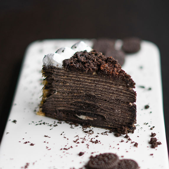 Gâteau de crêpes au chocolat & chantilly