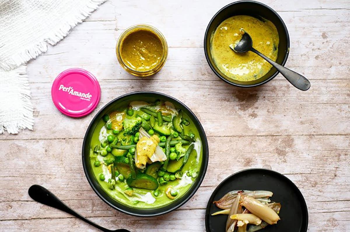 Soupe croquante à l'émulsion de pistaches by Happy and veggy