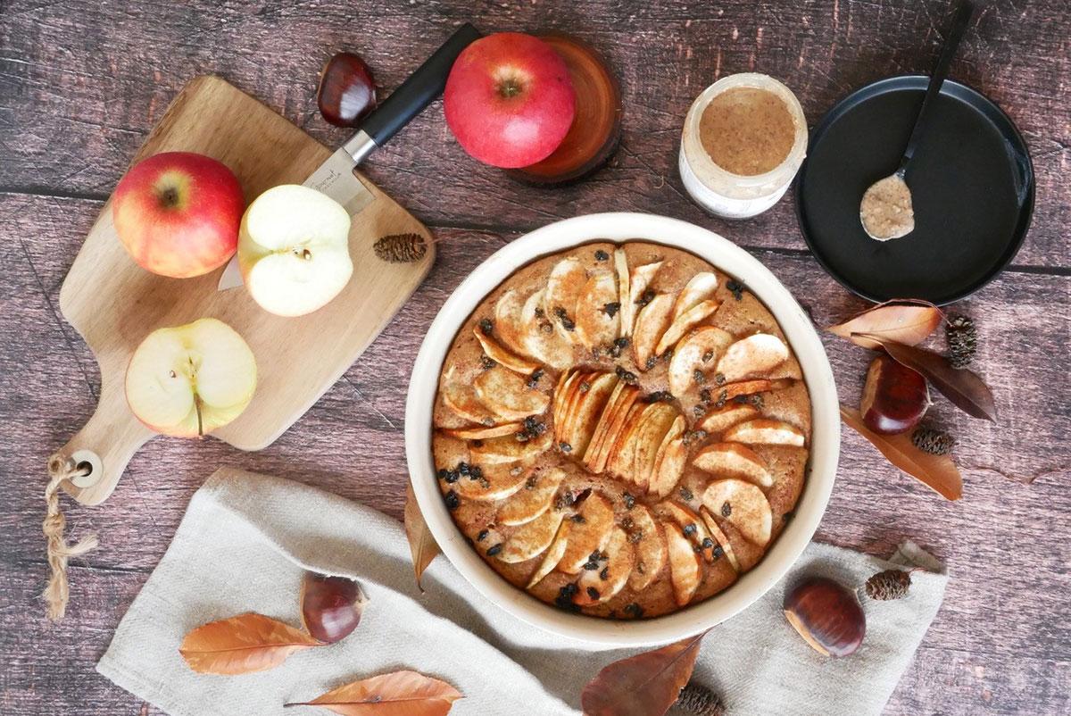 Tôt-fait pommes-cannelle à la purée crue amande complète crunchy by Happy and veggy
